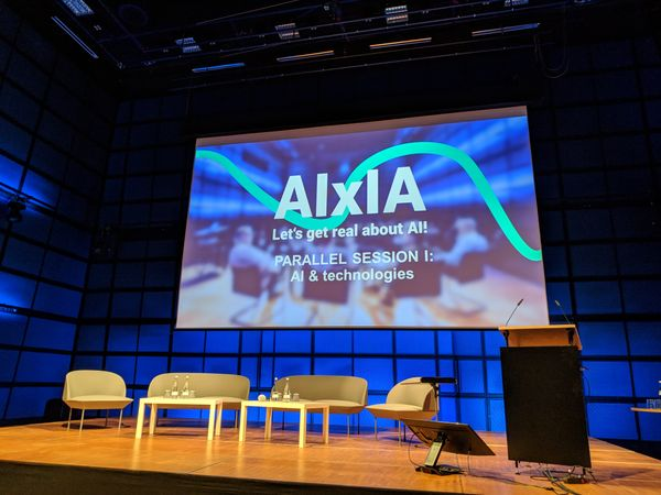 AIxIA: Artificial Intelligence meets Intelligence Artificielle